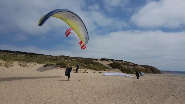 Paragliding Abenteuer an der Küste